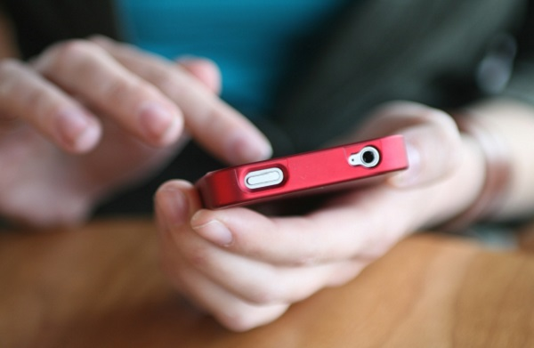 With the widespread use of smarthones, your mood changes due to Facebook may change any time, at any place