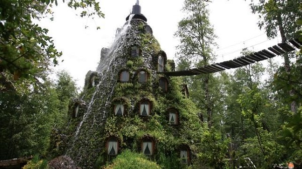Magic Mountain Lodge (Chile)