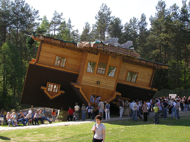 Upside Down House (Szymbark, Poland)